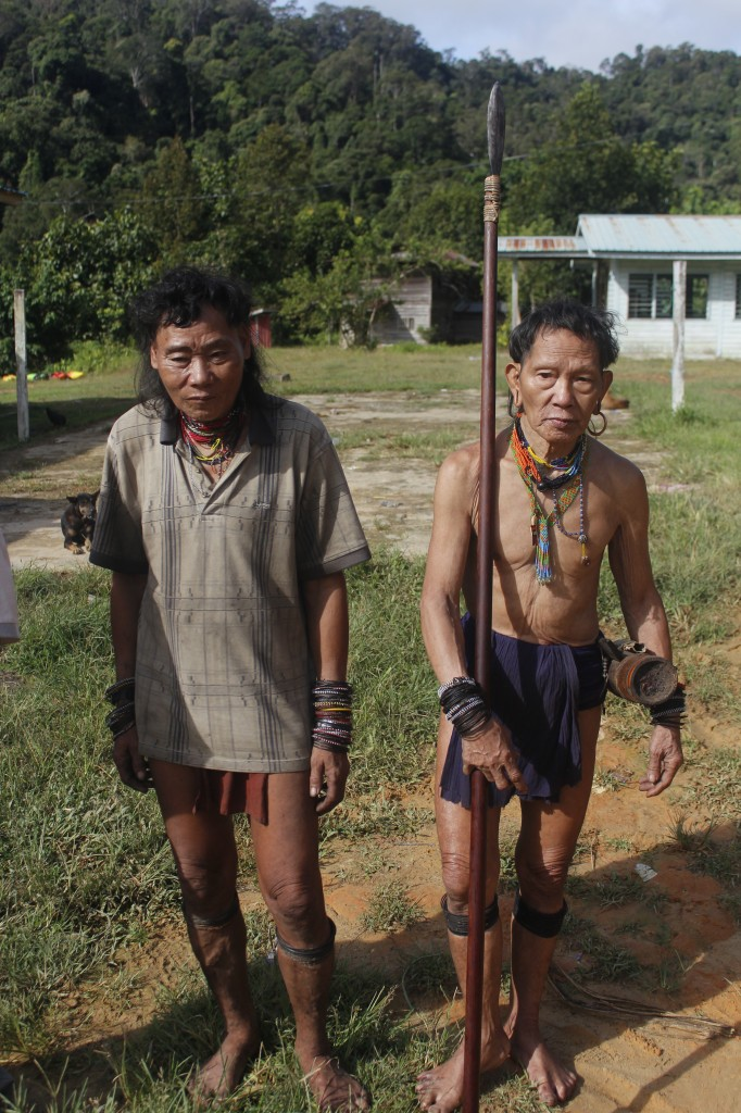 Two indiginous hunters we met at a long house. They hunt with a blow pipe and poison darts capable of stopping a man's heart in five minutes.
