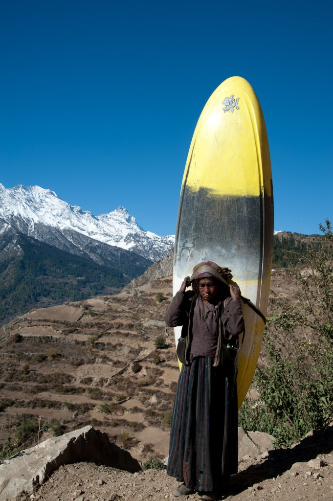 Maxi's boat getting carried into the Humla