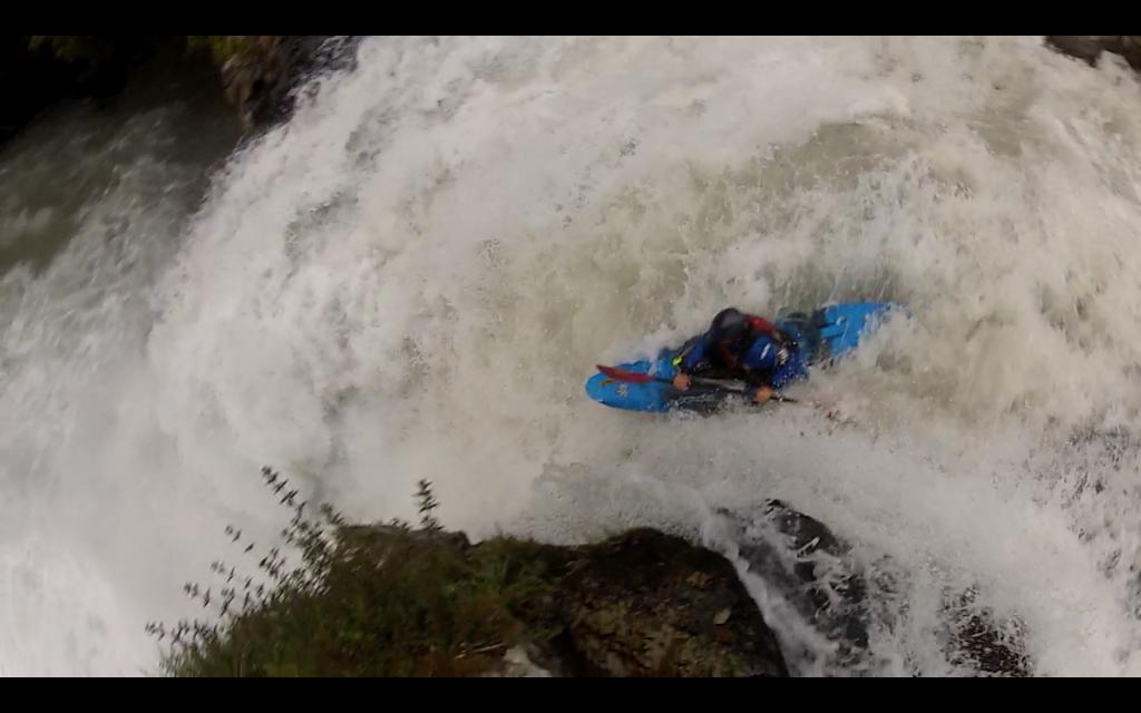 Firing off Salto del Indio on the Rio Gol Gol - Photo Colin Hunt