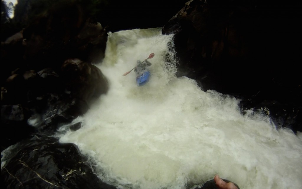 Jay Mahan running one of the big ones on the Alto Quijos
